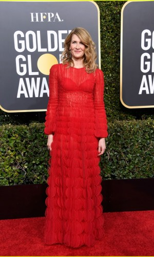 golden globes 2019, golden globes, awards season, red carpet, fashion, look, gown, tapete vermelho, premiação, moda, look, vestido longo, hollywood, laura dern