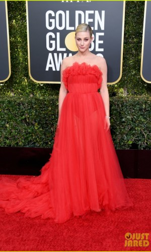 golden globes 2019, golden globes, awards season, red carpet, fashion, look, gown, tapete vermelho, premiação, moda, look, vestido longo, hollywood, lili reinhart