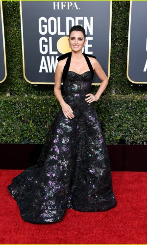 golden globes 2019, golden globes, awards season, red carpet, fashion, look, gown, tapete vermelho, premiação, moda, look, vestido longo, hollywood, penelope cruz