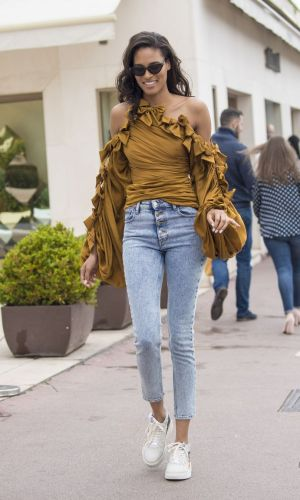cindy bruna out at the street of cannes 2019
