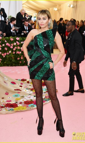 MET Gala 2019, Baile do Met, moda, estilo, celebridades, looks, Camp, fashion, style, red carpet, miley cyrus