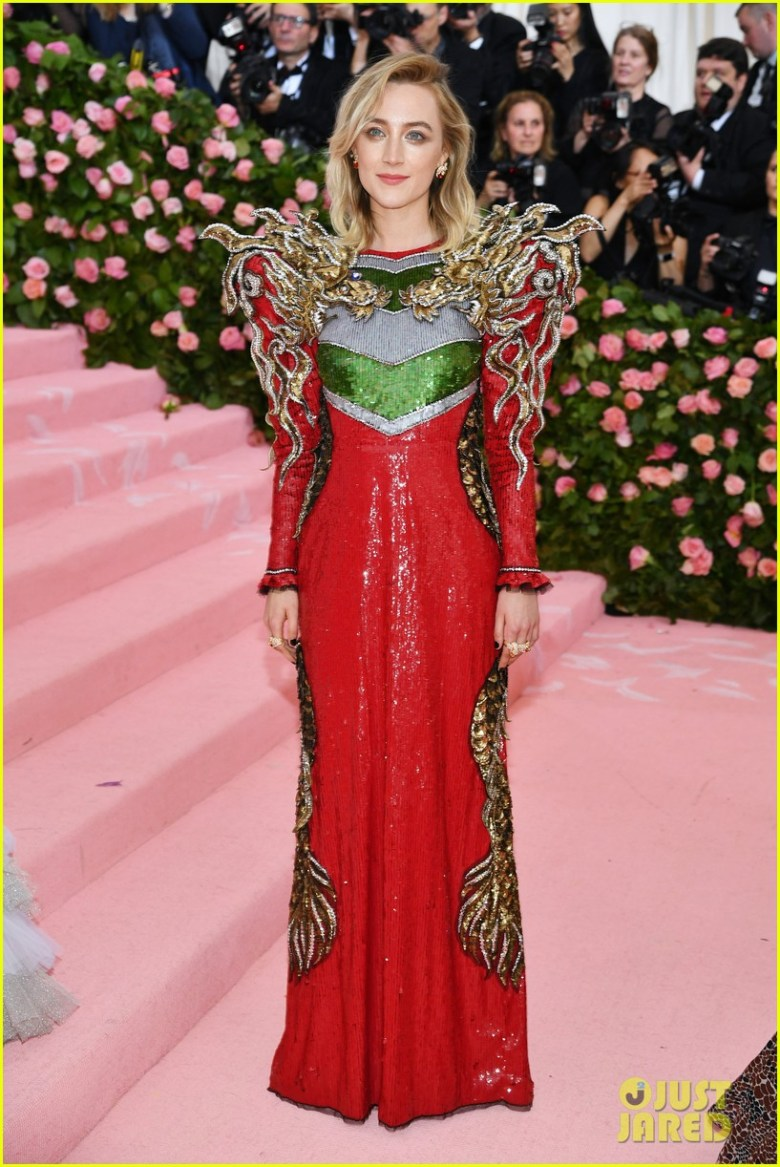 MET Gala 2019, Baile do Met, moda, estilo, celebridades, looks, Camp, fashion, style, red carpet, saoirse ronan, gucci