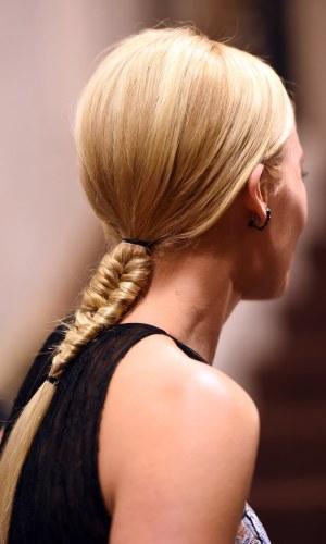 beleza, cabelo, penteado, margot robbie, beauty, hair, hairstyle, fishtail braid, trança espinha de peixe