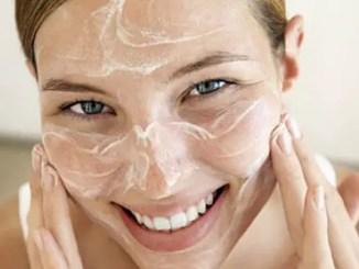 « Prueba este exfoliante hecho en casa...y obtendras un rostro limpio y luminoso