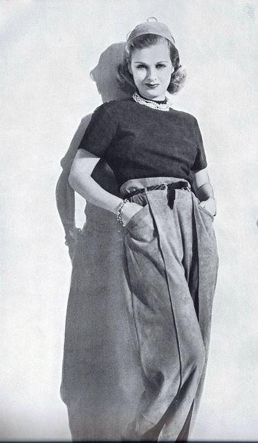 Pantaloni cu buzunare 1940