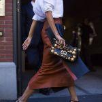 Fusta din piele – manevra vestimentara de toamna