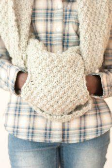 Esarfa din pulover vechi