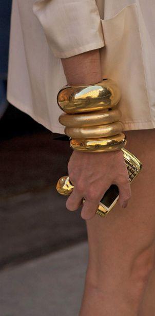Bijuterii masive aurii