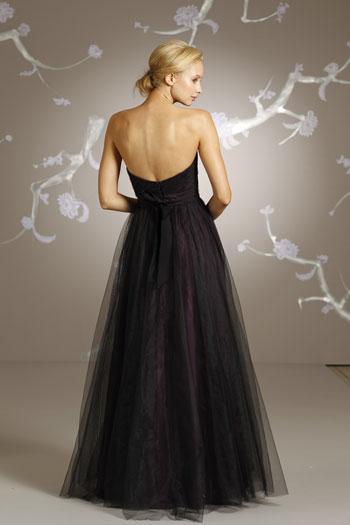 Bridesmaid_Dresses_Black_Tulle_over_Eggplant_lining_Curved_Neckline_Sleeveless_Floor-length_Hemline_02