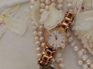 Ceasuri de dama Guess