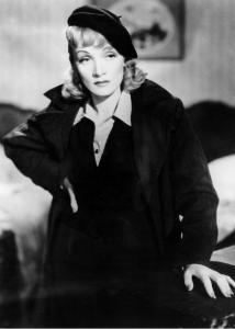 Marlene Dietrich, prima femeie care a purtata bereta
