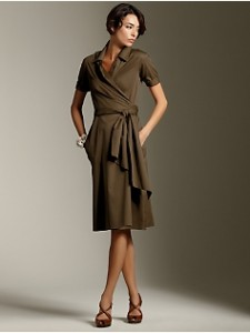 O rochie usor asortabila, confortabila