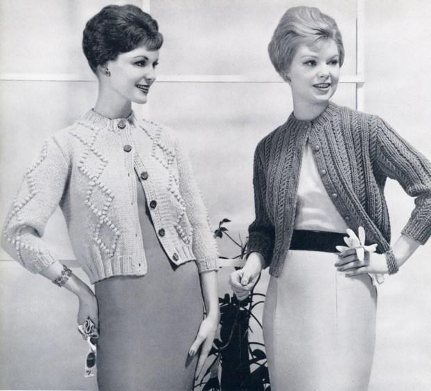 Cardigane tricotate ca ale bunicii – nasturi pretiosi, maneca trei sferturi, lungime pana la sold si ai o piesa de rezistenta cu iz vintage