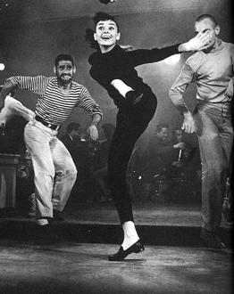 Audrey in Funny Face si ea un beatnic frumos