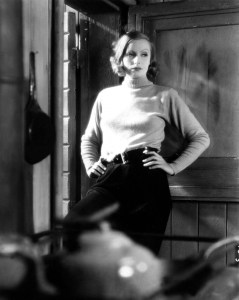 Greta Garbo sau cum orice piesa vestimentara se impregneaza cu atitudine