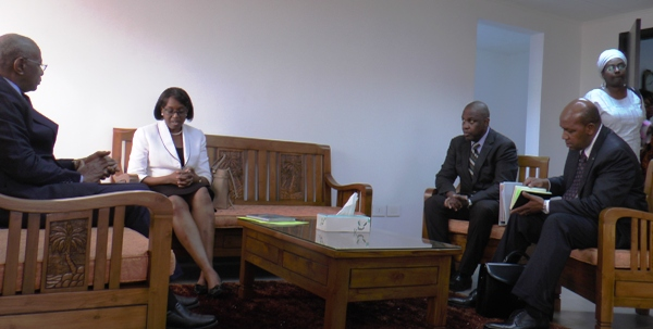Séance de travail avec le Représentant de Ban Ki-Moon en Afrique centrale pour les questions de paix (UNOCA) @ Gabonactu.com