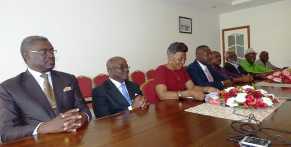 Les personnalités qui ont participé à la lecture de la déclaration des partisans de Jean Ping @ Gabonactu.com