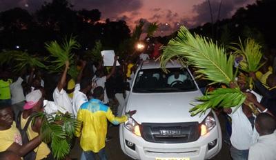 La police a laissé la foule se joindre au cortège @ Gabonactu.com