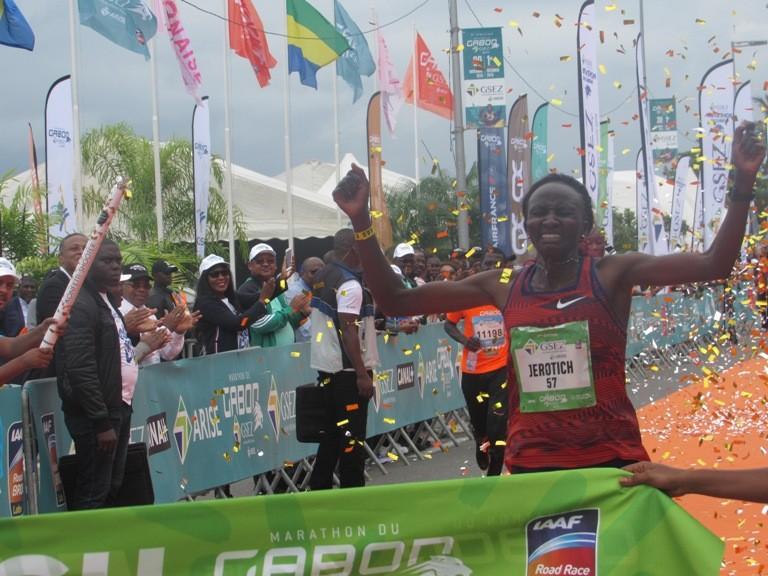 L'attribut alt de cette image est vide, son nom de fichier est Champion-kenyane.jpg.