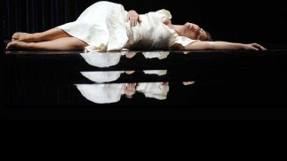 A Midsummer Night's Dream di B. Britten