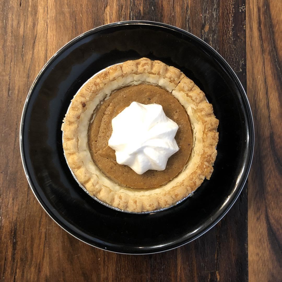 ''Tis the season for mini vegan pumpkin pie @timelesscoffee