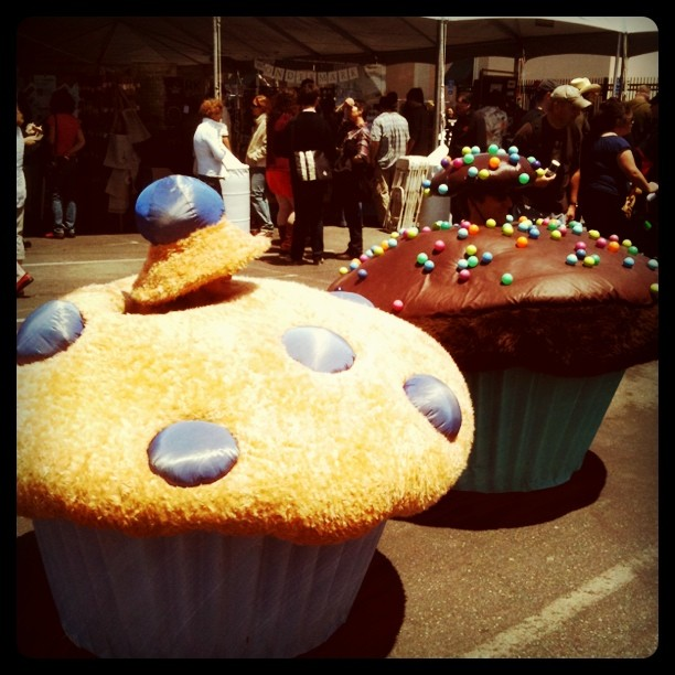 Cupcakes out in force