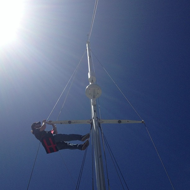 Helping Bob send Jay up the mast for some rig tuning