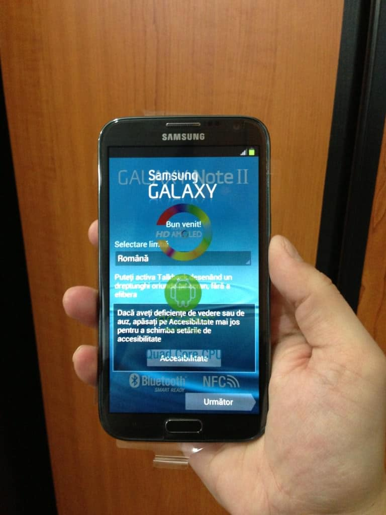 Samsung Galaxy Note 2 in mana