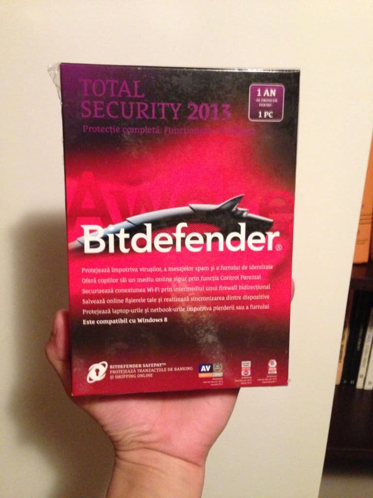 Licenta BitDefender Total Security 2013 fata
