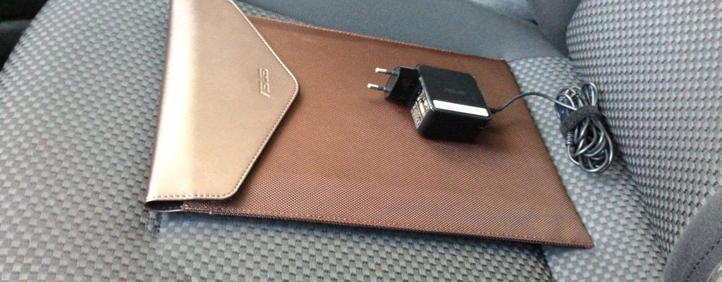 Cea mai bună geantă de laptop pentru un ultrabook de 13.3 inchi