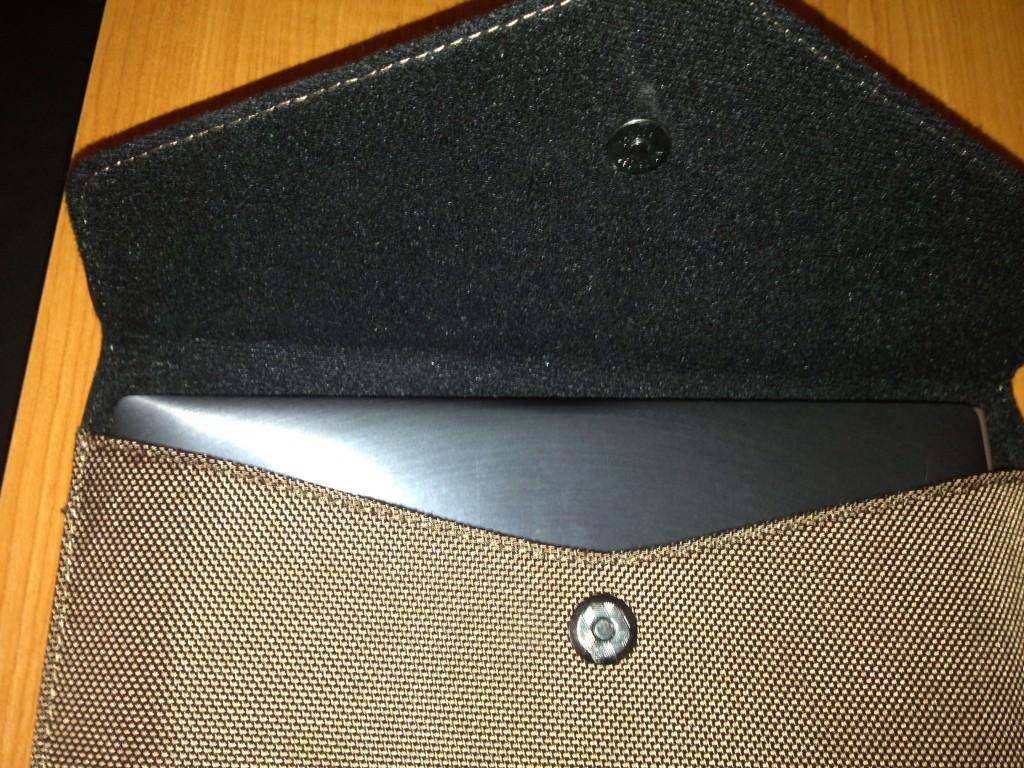 Husa Asus ZenBook Touch 1