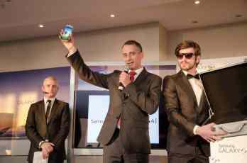 Samsung Galaxy S4 in mana