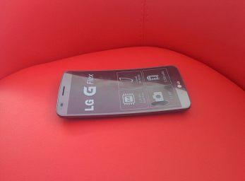 LG G Flex Design