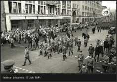 rare-historical-photos-from-world-war-ii-36