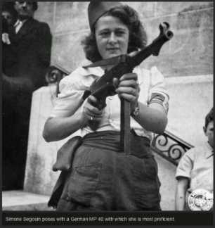 rare-historical-photos-from-world-war-ii-44