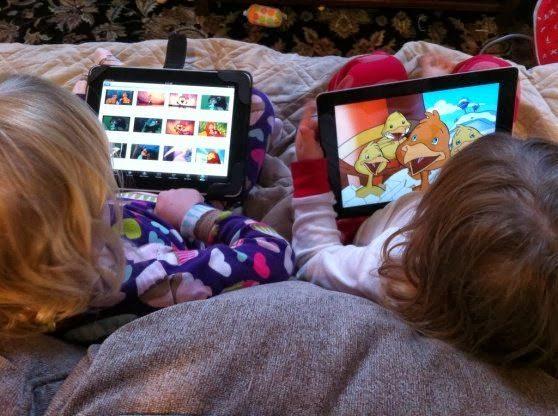 Telefon sau tableta pentru copii