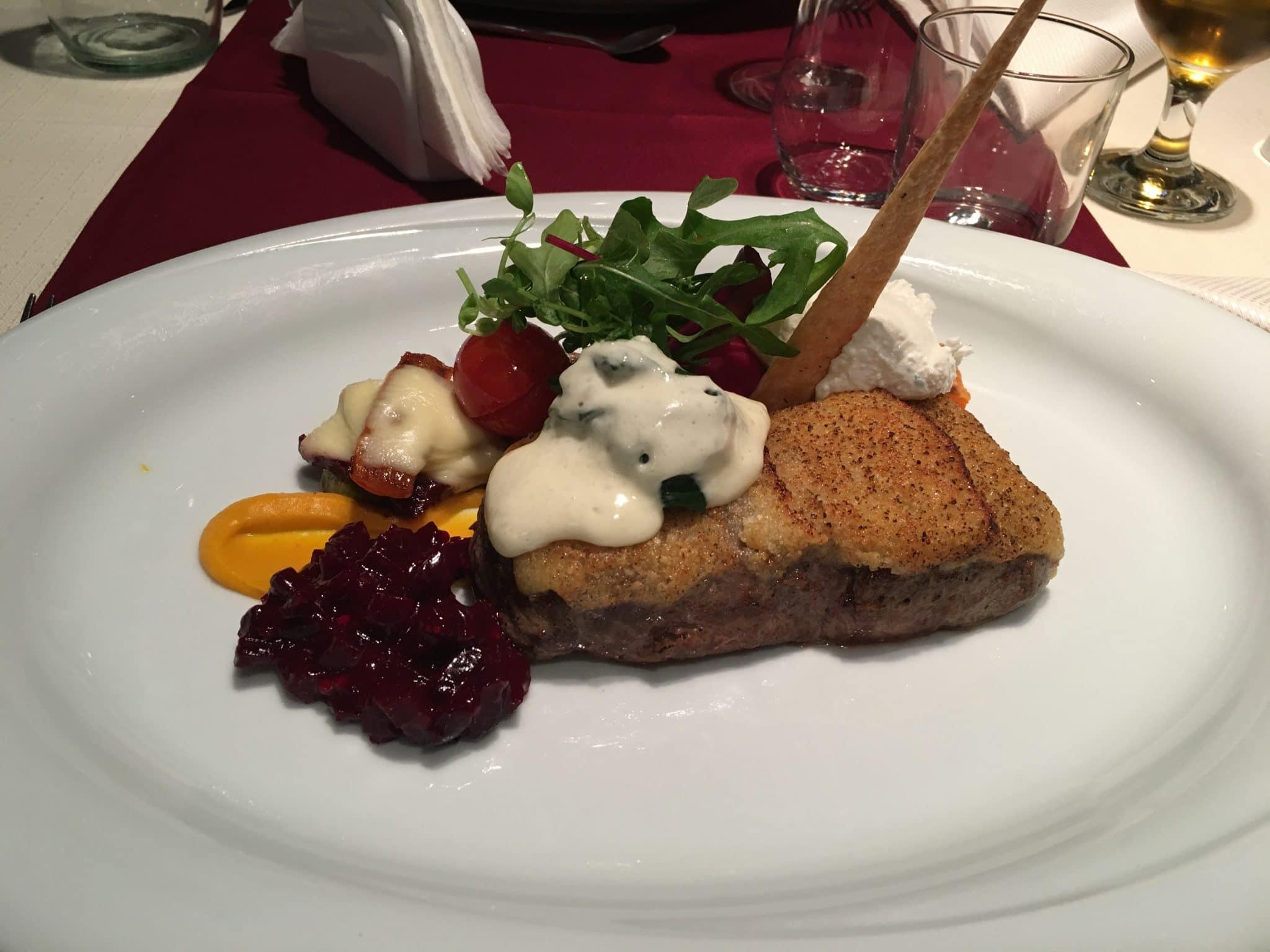 Vita cu parmezan la restaurant Belvedere Brasov