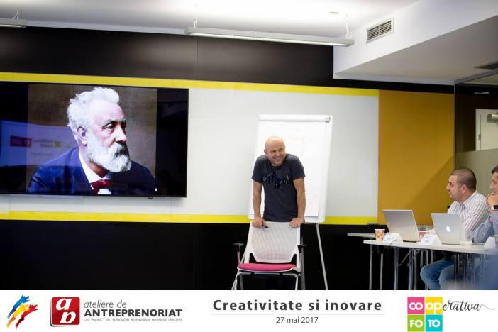 Poze de la Ateliere de Antreprenoriat