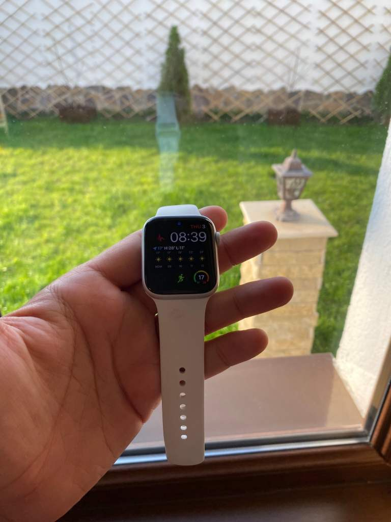 Review Apple Watch 5 in Romana