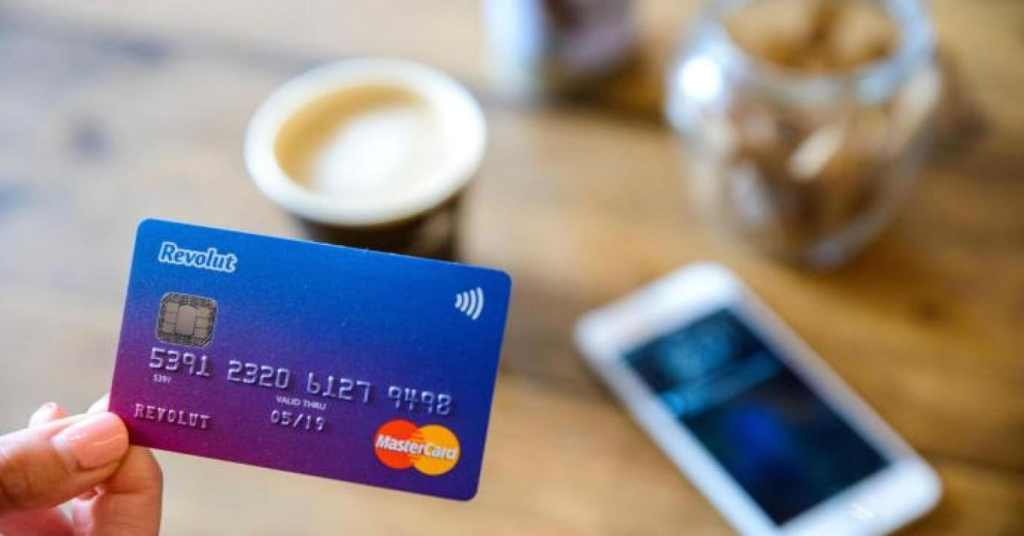 Cardul Revolut MasterCard