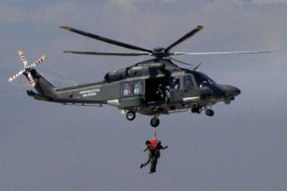 El demostrador AW139M, un HH-139A de la Aviación Militar Italiana, habría de visitar Argentina, Uruguay y Perú tras presentarse en FIDAE 2014 (foto: Diego Rojo).