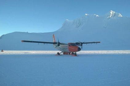 El DHC-6 Twin Otter dando cuenta de sus excelentes capacidades para realizar anevizajes. (Foto: ARA)