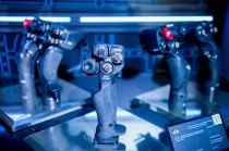 Diferentes tipos de empuñaduras para bastones de mando fabricados por empresas de la corporación Rostec (foto: Rostec)