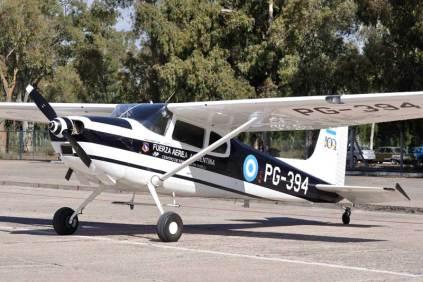El Centro de Ensayos en Vuelo estuvo presente con sus Cessna 180. (Foto: Mauricio Chiofalo)