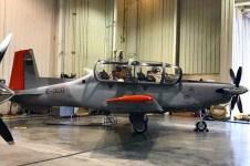 Preparación y chequeo del avión previa al vuelo (foto FAA)