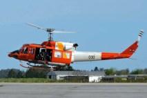 Con un vistoso esquema de alta visibilidad, el Bell 212 FAU 030 se presentó en el Día del Patrimonio de la Base Aérea de Durazno (foto: Fuerza Aérea y Aviación Naval Uruguaya FANS).