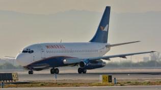 """Todo un veterano con 30.5 años de vuelos. DAP Mineral Airways Boeing 737-247(A) - CC-AAG """"Chanchito"""" (foto: Alexander Secul)."""