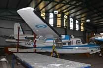 El T-142 con en buen estado de conservación aunque con varios componentes faltantes. (Foto: E. Brea)