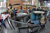 Motores y distintos componentes que forman parte de la colección de la sala histórica de esta institución. (Foto: E. Brea)