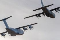 A400M y C-130H ambos pertenecientes al Ala 31 asentada en la Base Aérea de Zaragoza (foto: José Luis Lezg).